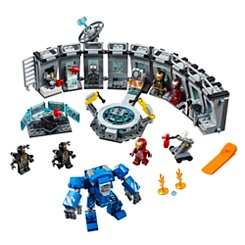 Iron Man Hall of Armor Play Set by LEGO - Marvel Avengers